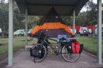 Mein Nachtlager auf einem Rastplatz am Pacific Highway. Für die Nacht war starker Regen angekündigt....