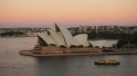das Opernhaus von der Harbour Bridge aus gesehen