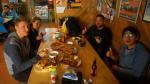 Abschluss eines perfekten Tages. Eine chinesische Reisegruppe hat uns fast ihr gesamtes Abendessen hinterlassen. Selbstgemachte Pizze...nach wochenlanger Nudeldiät für uns alle ein Festessen.