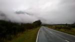 Auf dem Weg nach Arthur´s Pass. Die Wolken hängen ganz tief und geben nur selten den Blick auf die Berge frei.