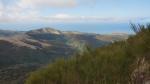 Blick auf Berge und Meer